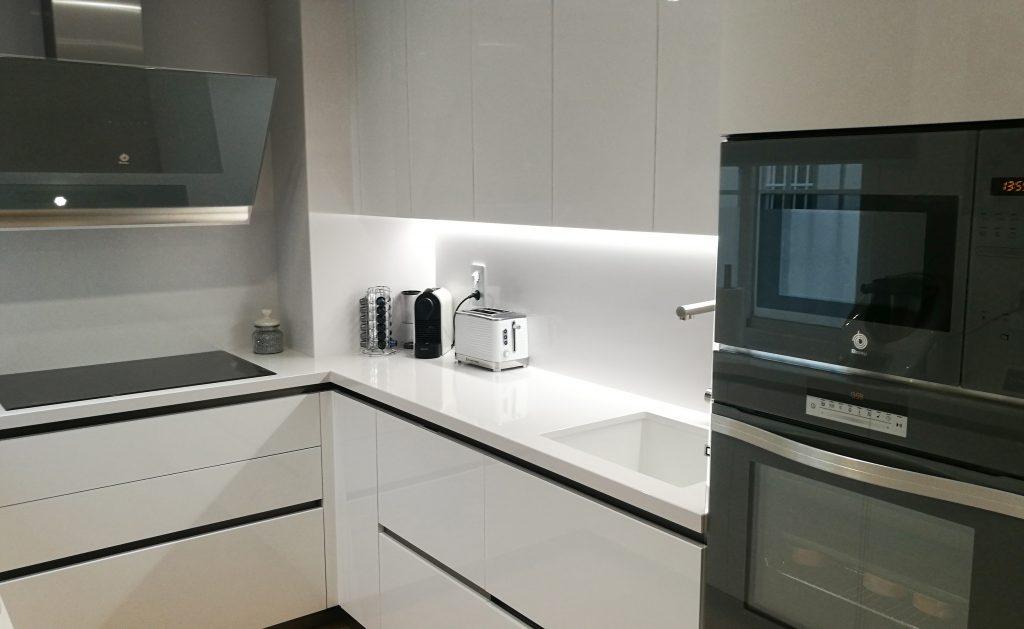 ak_project tecnolux white blanca cafran cocinas arrital