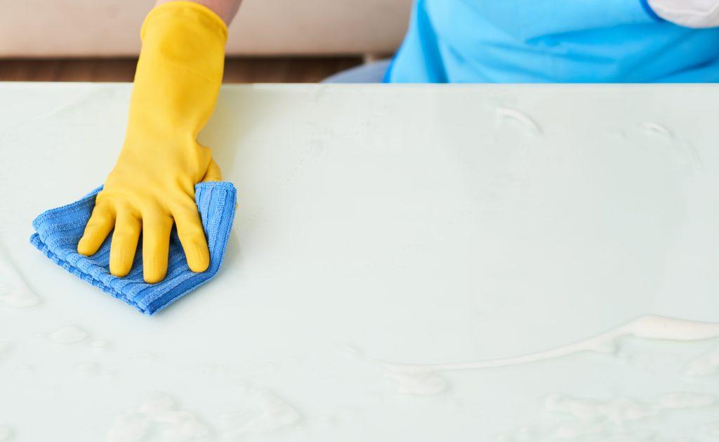 mantenimiento y limpieza de silestone